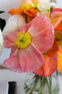 Interior styling for small spaces: flowers