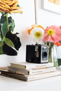 Interior styling for small spaces: vignette